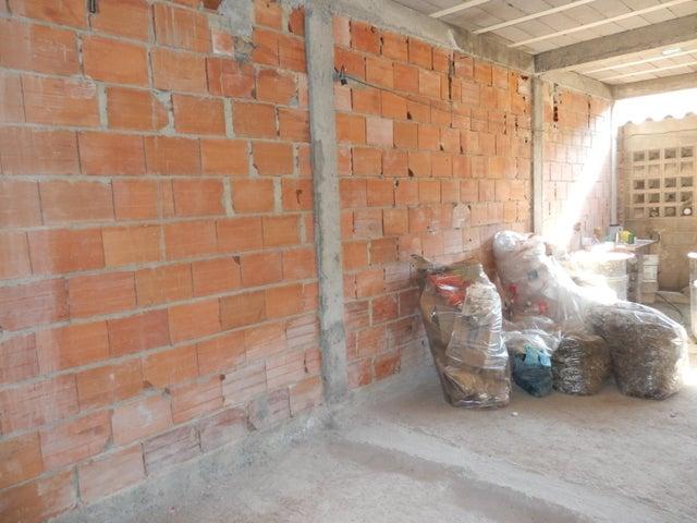 Casa Lara>Barquisimeto>Parroquia Juan de Villegas - Venta:6.000 Precio Referencial - codigo: 19-14348