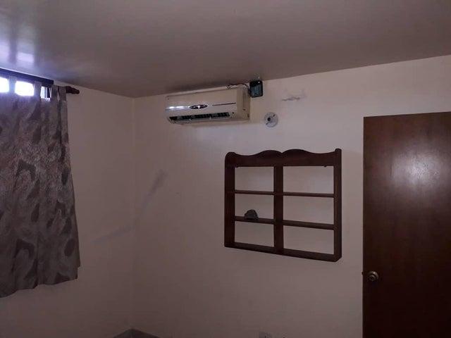 Apartamento Lara>Barquisimeto>La Pastorena - Venta:17.000 Precio Referencial - codigo: 19-14472