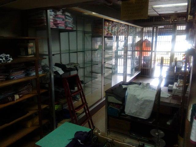 Local Comercial Distrito Metropolitano>Caracas>Parroquia Altagracia - Venta:65.000 Precio Referencial - codigo: 19-14773