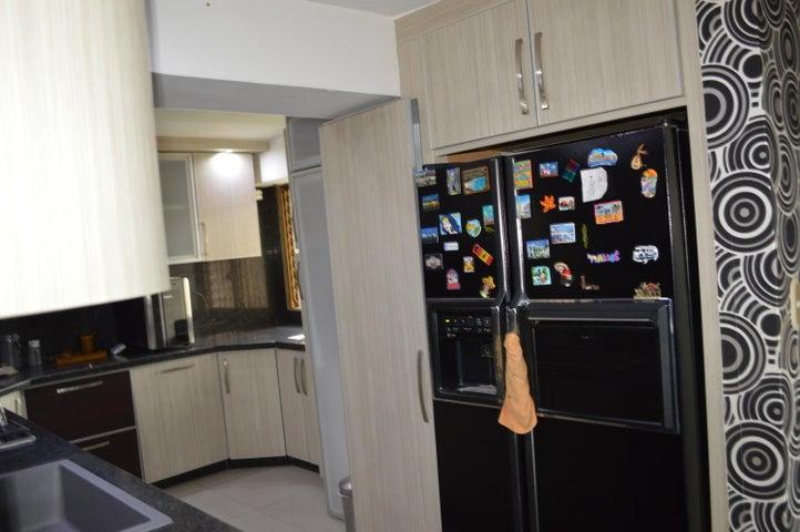 Apartamento Distrito Metropolitano>Caracas>Colinas de Quinta Altamira - Alquiler:470 Precio Referencial - codigo: 19-14509