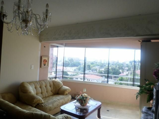 Apartamento Anzoategui>Lecheria>Av Bolivar - Alquiler:350 Precio Referencial - codigo: 19-14549