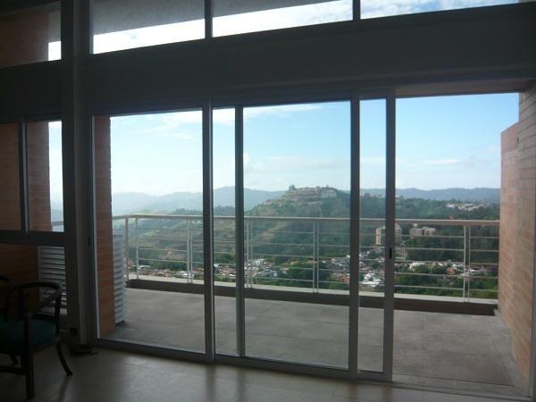 Apartamento Distrito Metropolitano>Caracas>Alto Hatillo - Venta:120.000 Precio Referencial - codigo: 19-14572