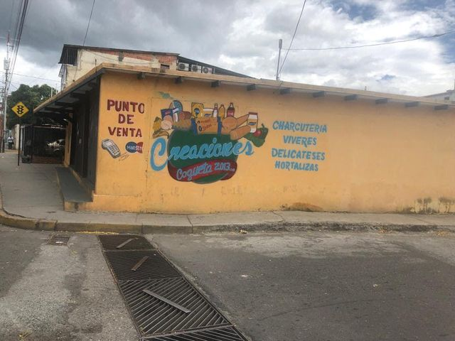 Local Comercial Lara>Barquisimeto>Parroquia Juan de Villegas - Venta:65.000 Precio Referencial - codigo: 19-14567