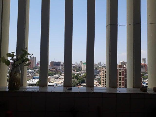 Apartamento Zulia>Maracaibo>Tierra Negra - Alquiler:150 Precio Referencial - codigo: 19-14583