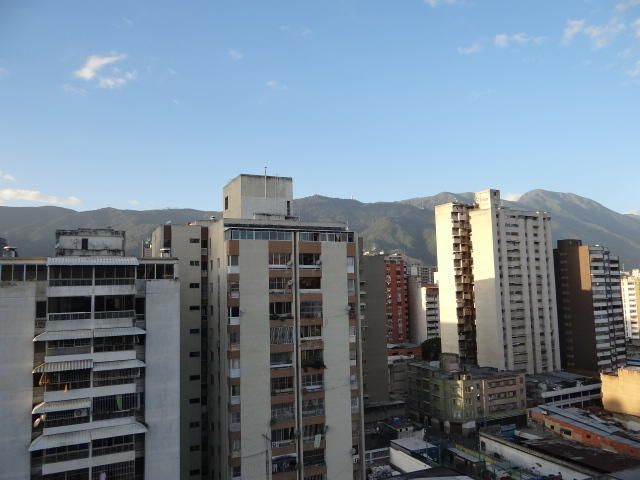 Apartamento Distrito Metropolitano>Caracas>Parroquia Santa Rosalia - Venta:15.000 Precio Referencial - codigo: 19-14586