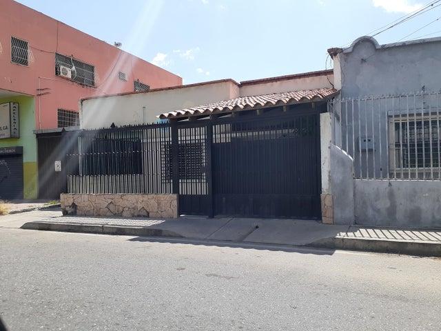 Casa Lara>Barquisimeto>Parroquia Concepcion - Venta:14.800 Precio Referencial - codigo: 19-14584