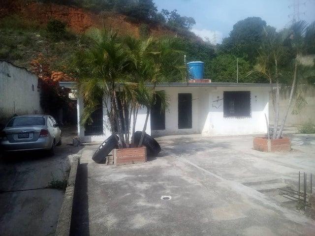 Casa Vargas>Parroquia Caraballeda>Los Corales - Venta:25.000 Precio Referencial - codigo: 19-14622