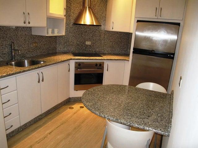 Apartamento Distrito Metropolitano>Caracas>Campo Alegre - Alquiler:600 Precio Referencial - codigo: 19-14696