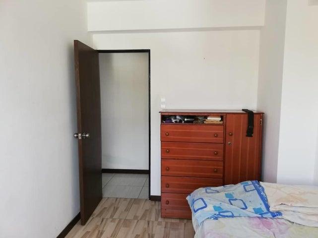 Apartamento Distrito Metropolitano>Caracas>Parroquia Altagracia - Venta:24.000 Precio Referencial - codigo: 19-14711