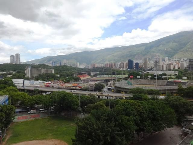 Apartamento Distrito Metropolitano>Caracas>Colinas de Bello Monte - Venta:75.000 Precio Referencial - codigo: 19-14695