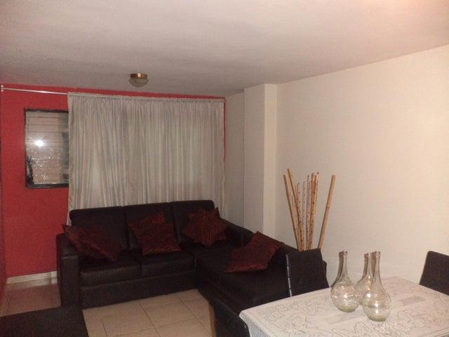 Apartamento Carabobo>Municipio Los Guayos>Paraparal - Venta:12.500 Precio Referencial - codigo: 19-14714