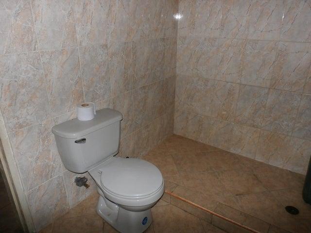 Casa Zulia>Maracaibo>La Victoria - Venta:6.500 Precio Referencial - codigo: 19-14687