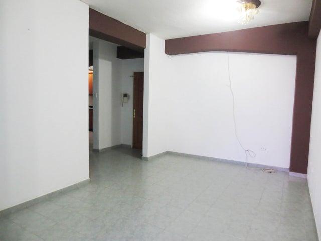 Apartamento Aragua>Maracay>Zona Centro - Venta:14.000 Precio Referencial - codigo: 19-14719