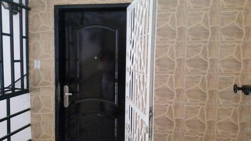 Apartamento Aragua>Maracay>Fundacion Maracay II - Venta:16.100 Precio Referencial - codigo: 19-14713