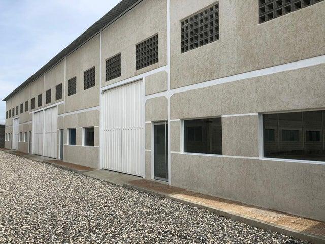 Galpon - Deposito Portuguesa>Acarigua>Centro - Alquiler:350 Precio Referencial - codigo: 19-14715