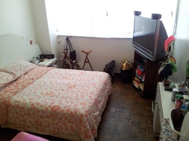 Apartamento Distrito Metropolitano>Caracas>La Florida - Venta:65.000 Precio Referencial - codigo: 19-14735