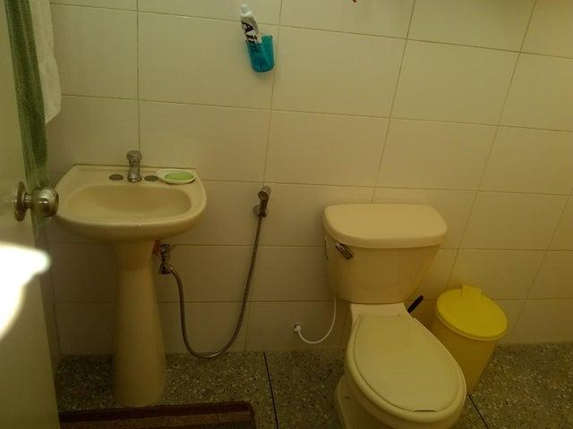 Casa Lara>Barquisimeto>Parroquia Concepcion - Venta:28.000 Precio Referencial - codigo: 19-14745