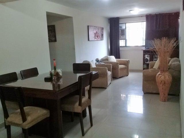 Apartamento Aragua>Turmero>La Laguna II - Venta:16.500 Precio Referencial - codigo: 19-14777