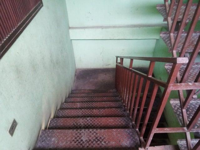 Apartamento Lara>Barquisimeto>Centro - Venta:10.000 Precio Referencial - codigo: 19-14823