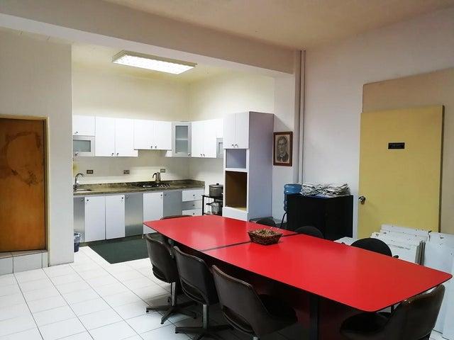 Apartamento Distrito Metropolitano>Caracas>Parroquia San Juan - Venta:22.000 Precio Referencial - codigo: 19-15087