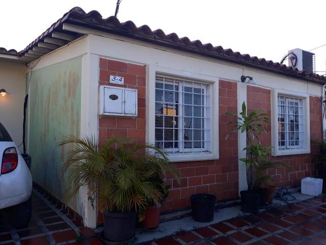Casa Lara>Cabudare>Parroquia Jose Gregorio - Venta:18.000 Precio Referencial - codigo: 19-14951