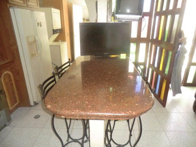 Casa Miranda>Guatire>El Refugio - Venta:45.000 Precio Referencial - codigo: 19-15047