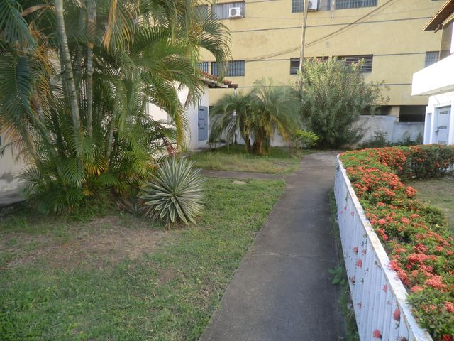 Casa Miranda>Guatire>El Refugio - Venta:50.000 Precio Referencial - codigo: 19-15047
