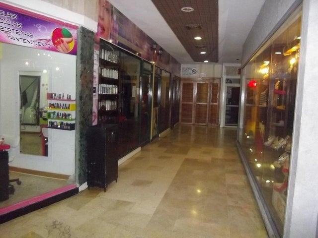 Local Comercial Zulia>Maracaibo>Fuerzas Armadas - Venta:13.000 Precio Referencial - codigo: 19-14997