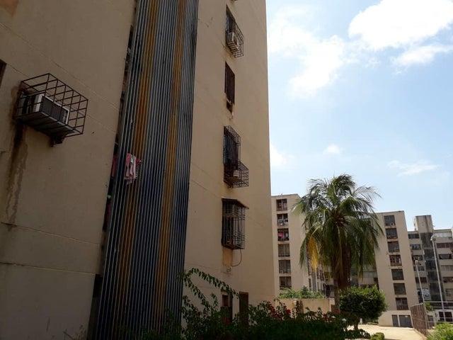 Apartamento Zulia>Maracaibo>Avenida Goajira - Venta:12.500 Precio Referencial - codigo: 19-15032