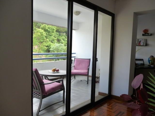 Apartamento Distrito Metropolitano>Caracas>Santa Ines - Alquiler:600 Precio Referencial - codigo: 19-15124
