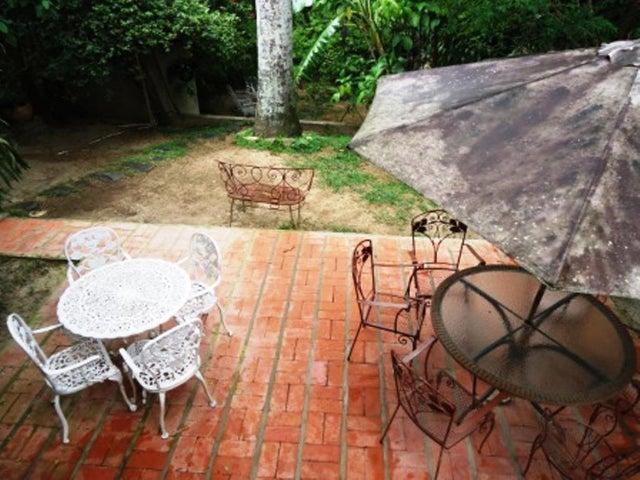 Casa Distrito Metropolitano>Caracas>San Bernardino - Venta:120.000 Precio Referencial - codigo: 19-15164