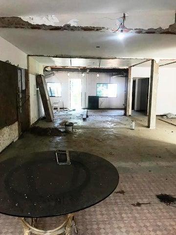 Casa Vargas>Parroquia Caraballeda>Palmar Este - Venta:60.000 Precio Referencial - codigo: 19-15089