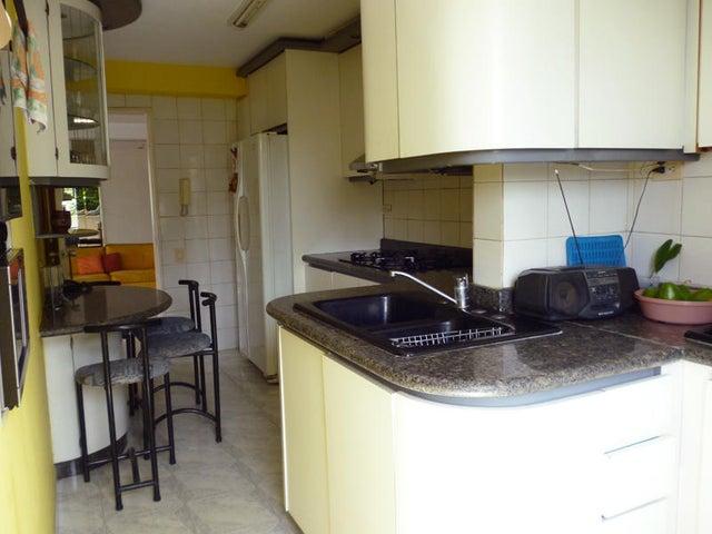 Apartamento Distrito Metropolitano>Caracas>La Trinidad - Venta:70.000 Precio Referencial - codigo: 19-15104