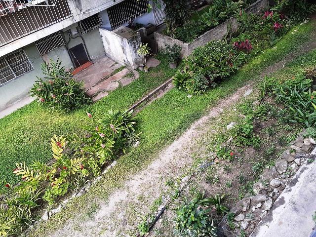 Apartamento Distrito Metropolitano>Caracas>Santa Eduvigis - Venta:40.000 Precio Referencial - codigo: 19-15147
