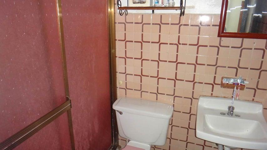 Apartamento Aragua>Turmero>El Nispero - Venta:12.000 Precio Referencial - codigo: 19-15129
