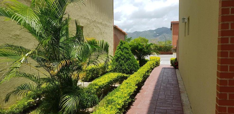 Apartamento Miranda>Guatire>Alto Grande - Venta:18.000 Precio Referencial - codigo: 19-15195