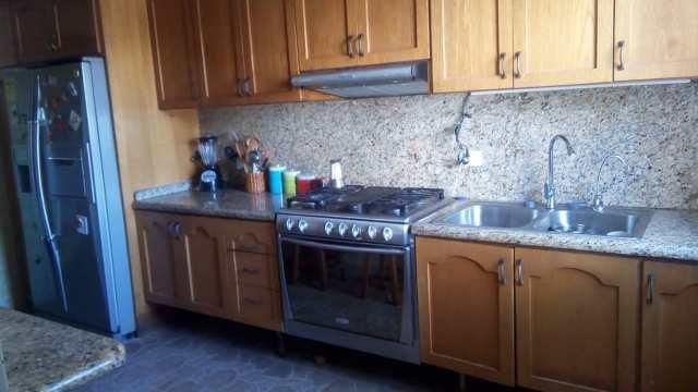 Apartamento Distrito Metropolitano>Caracas>El Marques - Venta:65.000 Precio Referencial - codigo: 19-3455