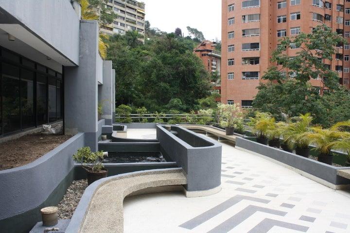 Apartamento Distrito Metropolitano>Caracas>Las Esmeraldas - Alquiler:550 Precio Referencial - codigo: 19-15230