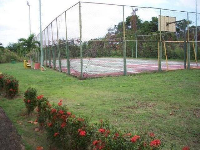 Townhouse Miranda>Higuerote>Palm Beach - Venta:25.000 Precio Referencial - codigo: 19-15369