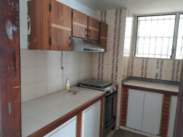 Apartamento Zulia>Maracaibo>La Paragua - Alquiler:120 Precio Referencial - codigo: 19-15575