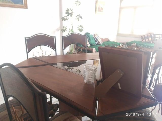Casa Aragua>Maracay>Villas de Aragua - Venta:32.000 Precio Referencial - codigo: 19-15817