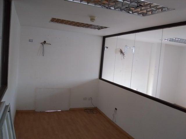Galpon - Deposito Distrito Metropolitano>Caracas>Palo Verde - Venta:300.000 Precio Referencial - codigo: 19-16147