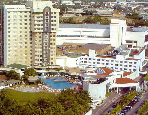 Terreno Zulia>Maracaibo>Circunvalacion Dos - Alquiler:800 Precio Referencial - codigo: 19-15921