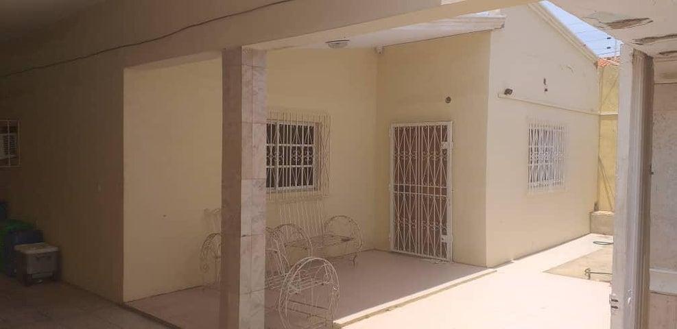 Casa Falcon>Punto Fijo>Puerta Maraven - Venta:26.500 Precio Referencial - codigo: 19-16075