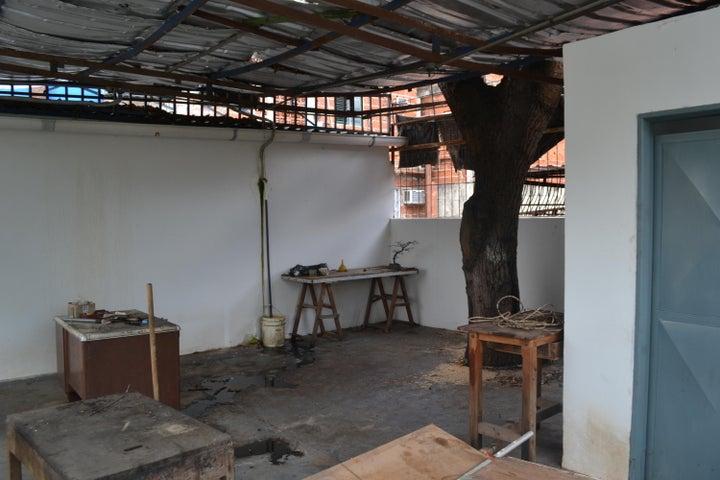 Galpon - Deposito Distrito Metropolitano>Caracas>Chacao - Alquiler:500 Precio Referencial - codigo: 19-16115