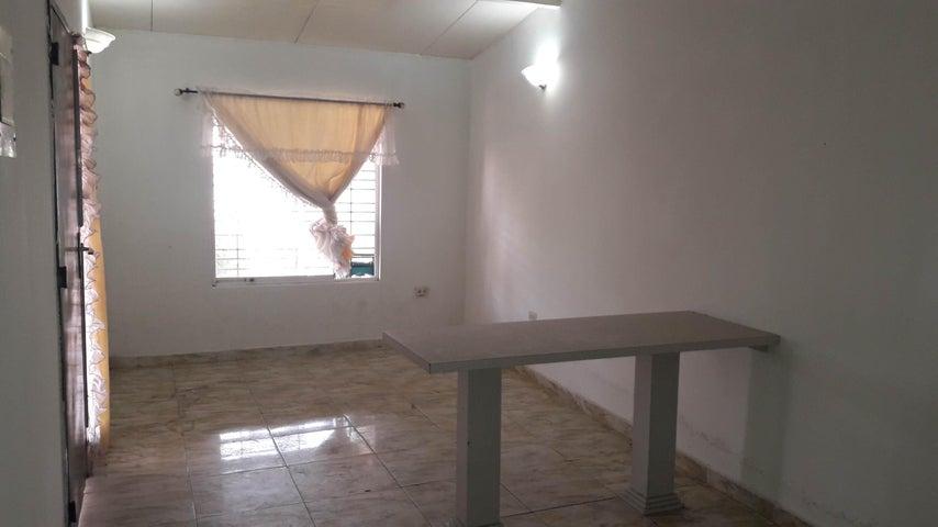 Casa Aragua>Cagua>El Bosque - Venta:14.900 Precio Referencial - codigo: 19-16125