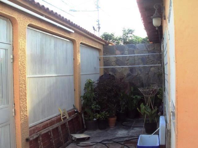 Casa Aragua>Maracay>Villas de Aragua - Venta:25.000 Precio Referencial - codigo: 19-16139