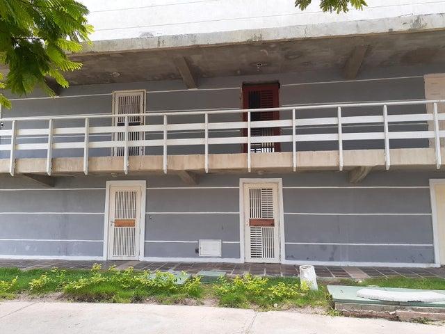 Apartamento Anzoategui>Puerto La Cruz>Complejo Turistico El Morro - Venta:20.000 Precio Referencial - codigo: 19-16186