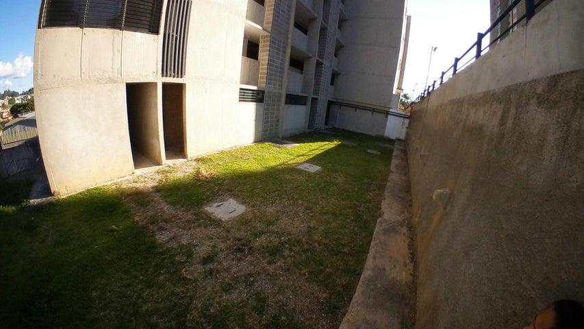 Apartamento Miranda>Los Teques>El Tambor - Venta:24.000 Precio Referencial - codigo: 19-16291