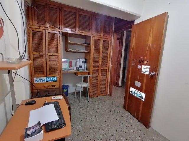 Apartamento Lara>Barquisimeto>Parroquia Union - Venta:9.000 Precio Referencial - codigo: 19-16250